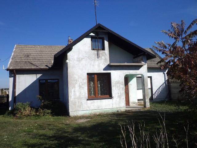 dom wolnostojący, 3 pokoje Chruścin Pirowy, Pirowy 9