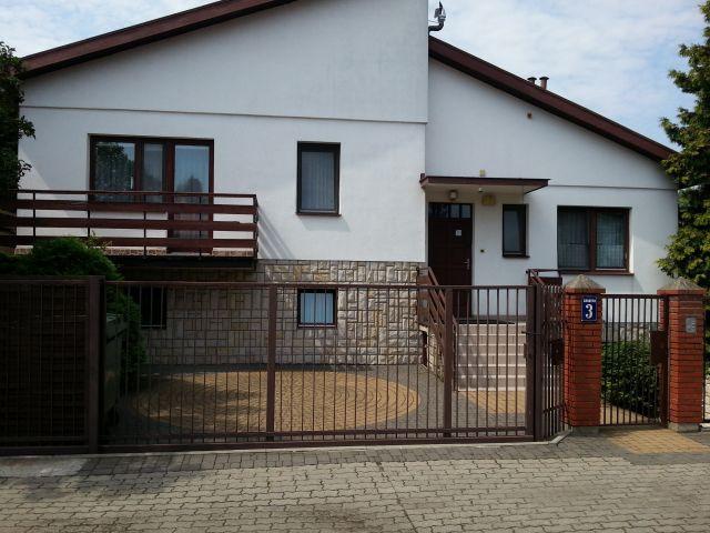 dom wolnostojący, 7 pokoi Michałów-Grabina, ul. Grabowa 3