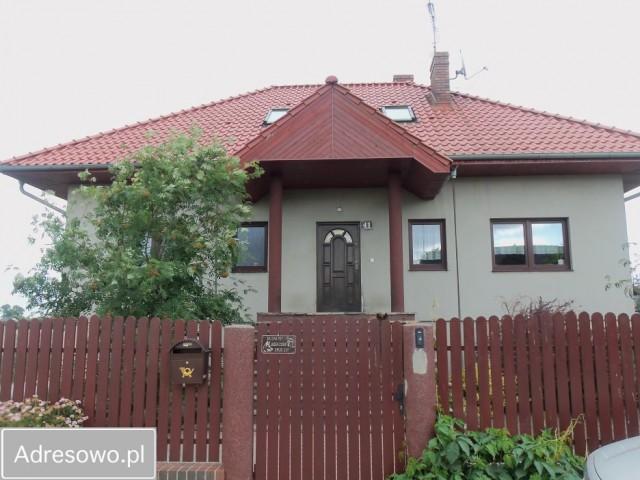 dom wolnostojący, 7 pokoi Gniezno, ul. Kasztelańska 41