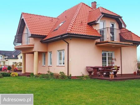 dom wolnostojący, 7 pokoi Ustronie Morskie, ul. Osiedlowa