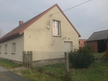 dom wolnostojący Szemrowice, ul. Wiejska 4