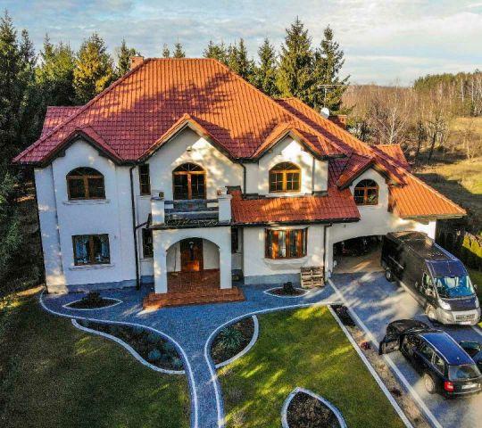 dom wolnostojący, 9 pokoi Bartoszówka, ul. Pałacowa