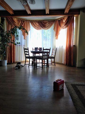 dom wolnostojący, 6 pokoi Grodziszcze