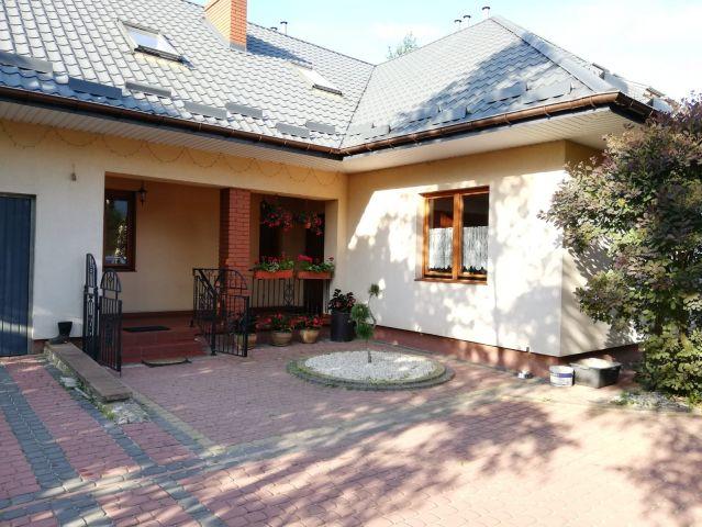 dom wolnostojący, 6 pokoi Ostrowiec Świętokrzyski Paulinów, ul. Kolejowa 57