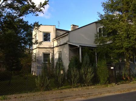 dom wolnostojący, 10 pokoi Urzędów, ul. Staszica 3