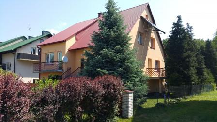 dom wolnostojący, 7 pokoi Biłgoraj Różnówka-Stawy, ul. Romana Gesinga 15
