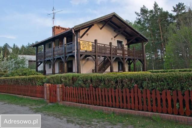 dom wolnostojący Jeziorna Józefów, ul. Leśna 17