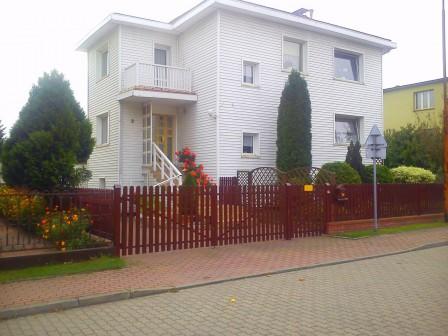 dom wolnostojący, 8 pokoi Oleśnica Rataje