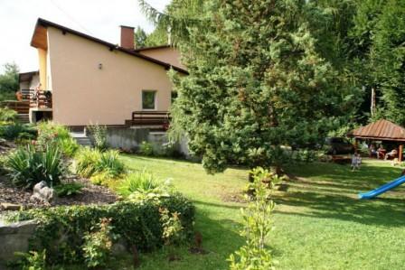 dom wolnostojący, 6 pokoi Ustroń, ul. Grabowa 47
