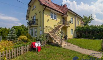 segmentowiec, 5 pokoi Kobyłka, ul. Nadmeńska. Zdjęcie 1