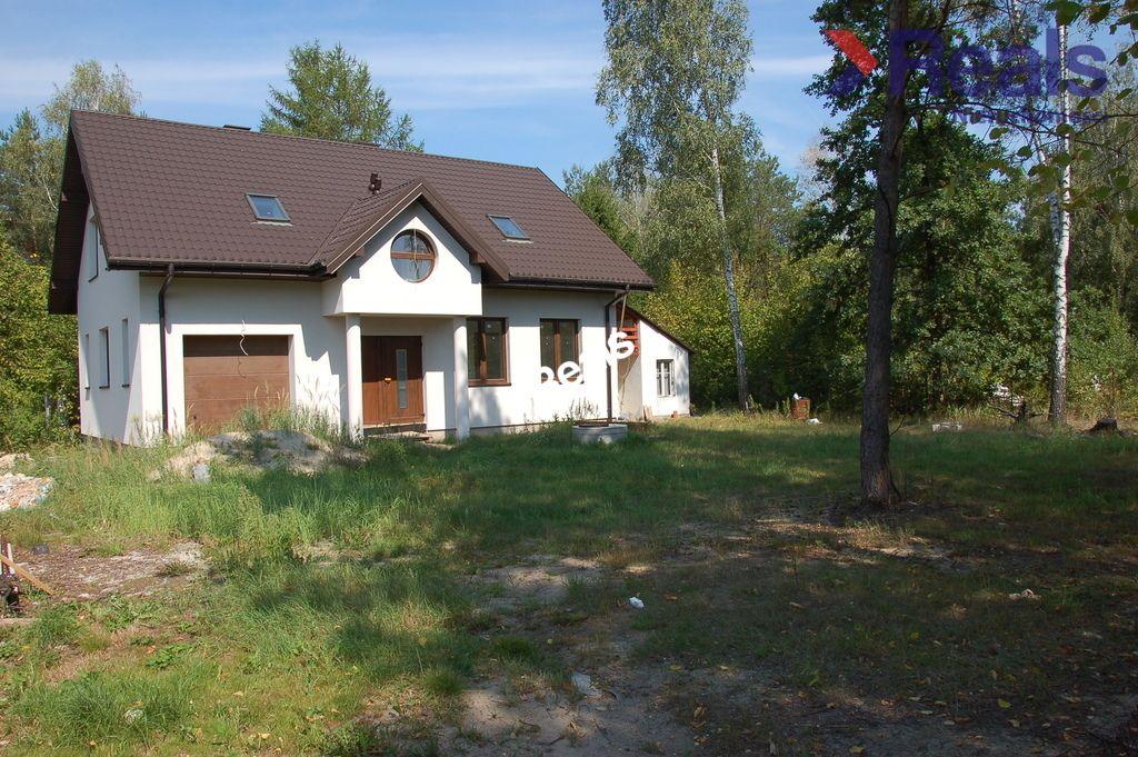 dom wolnostojący, 5 pokoi Hornówek