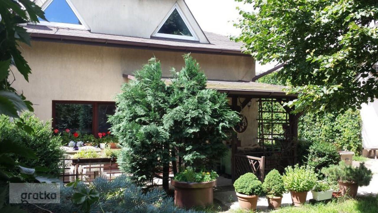 dom wolnostojący, 5 pokoi Łódź Widzew, ul. Malownicza