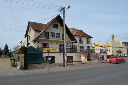 hotel/pensjonat, 20 pokoi Osie, ul. Rynek 8