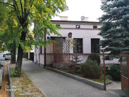 dom wolnostojący, 3 pokoje Piotrków Trybunalski Śródmieście, ul. Łódzka