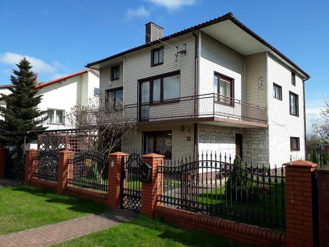 dom wolnostojący, 5 pokoi Ostrowiec Świętokrzyski Kolonia Robotnicza, ul. Goździkowa