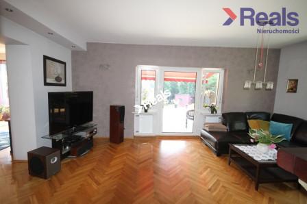 dom wolnostojący, 7 pokoi Wrocław