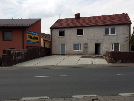 dom wolnostojący, 8 pokoi Krapkowice Otmęt, ul. ks. Koziołka 14