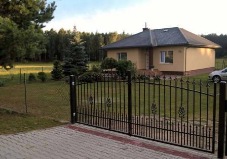 dom wolnostojący, 3 pokoje Czystochleb, Czystochleb 22A