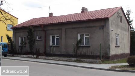 dom wolnostojący, 5 pokoi Ogrodzieniec, pl. Wolności 22