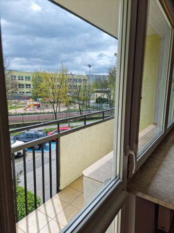 Mieszkanie 3-pokojowe Warszawa Bemowo, ul. Czerwonych Maków  3