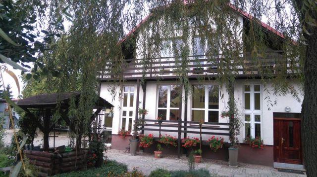 dom wolnostojący, 9 pokoi Wałcz, Wybudowanie