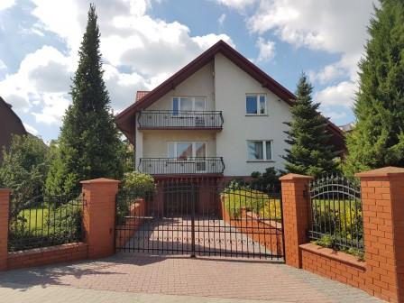 dom wolnostojący, 6 pokoi Starachowice Wanacja, ul. 6 Września