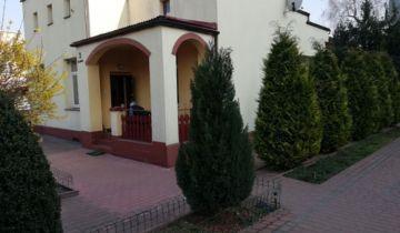 dom wolnostojący, 4 pokoje Ostrowiec Świętokrzyski, ul. Jana Kochanowskiego. Zdjęcie 1