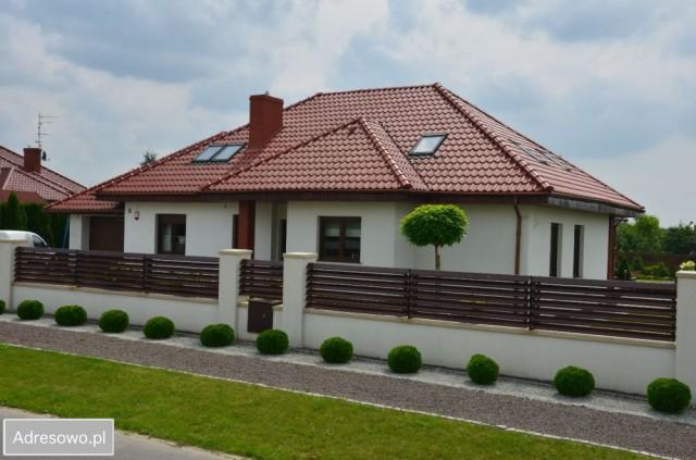 dom wolnostojący, 5 pokoi Gniezno Skiereszewo, ul Pisarzy