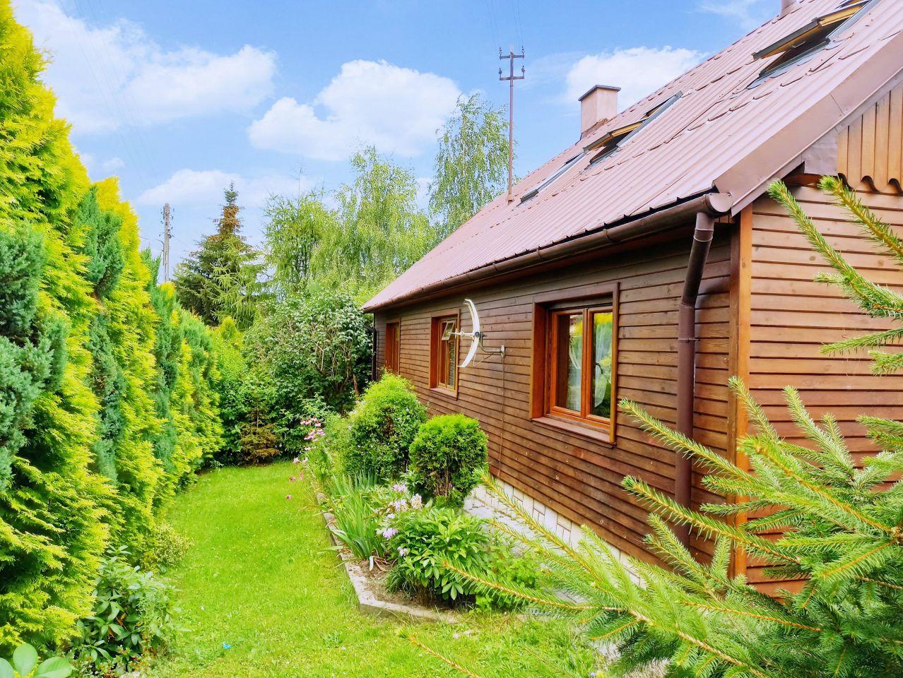 dom wolnostojący, 8 pokoi Rzeszów Staroniwa, ul. Staroniwska