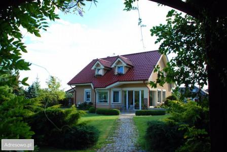 dom wolnostojący, 4 pokoje Zielona Góra