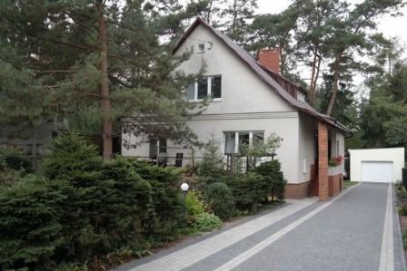 dom wolnostojący, 5 pokoi Brwinów