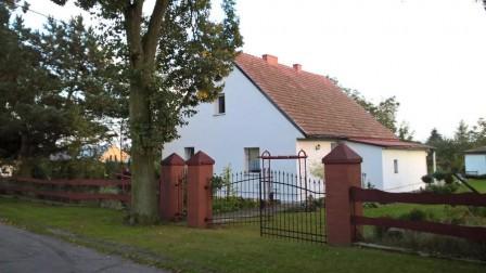 dom wolnostojący Iwno