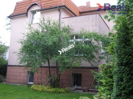 dom wolnostojący, 12 pokoi Wrocław Borek, ul. Sudecka