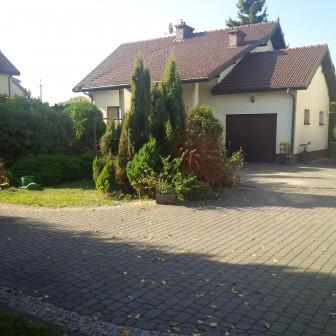 dom wolnostojący, 6 pokoi Laski, ul. 3 Maja
