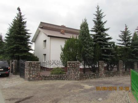 dom wolnostojący, 5 pokoi Cyprianka, Cyprianka 80