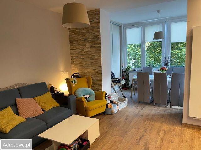 Mieszkanie 3-pokojowe Wrocław Krzyki, ul. Spadochroniarzy