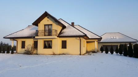 dom wolnostojący, 9 pokoi Przecieszyn, ul. Długa