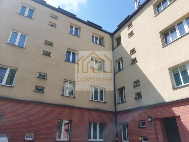 Mieszkanie 3-pokojowe Bytom, pl. św. Barbary