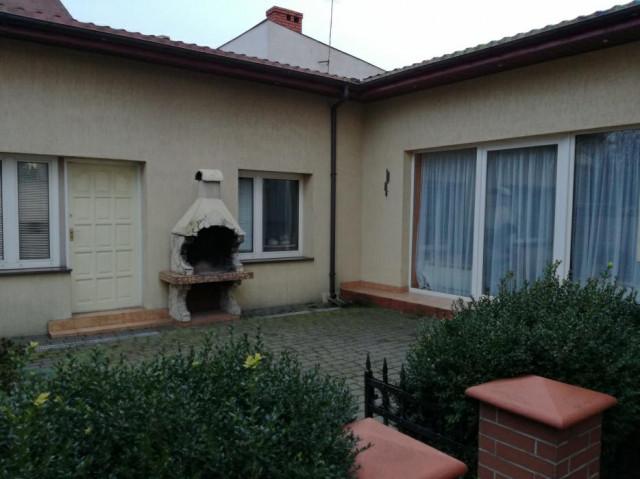 dom wolnostojący, 6 pokoi Płock, ul. Wyszogrodzka