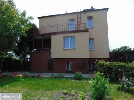dom wolnostojący, 8 pokoi Oleśnica Centrum, ul. Kasztanowa 4