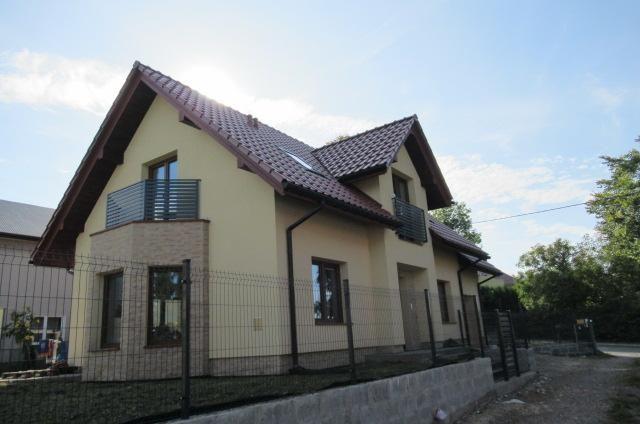 dom wolnostojący, 6 pokoi Wielka Wieś, ul. Szkolna