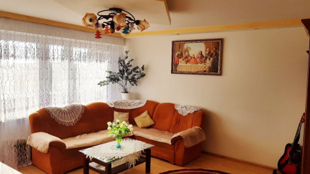 Mieszkanie 5-pokojowe Dobrzyniówka