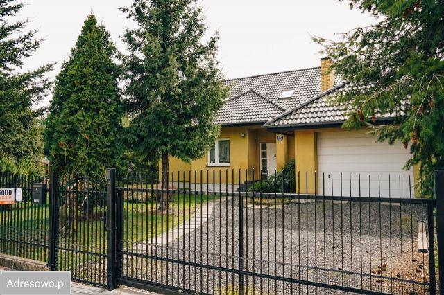 dom wolnostojący, 7 pokoi Częstochowa Lisiniec, ul. Wielkoborska