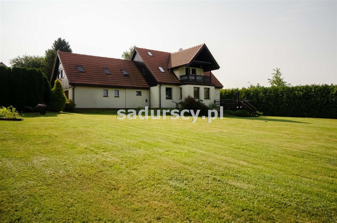 dom wolnostojący, 7 pokoi Wielka Wieś, ul. Słoneczna