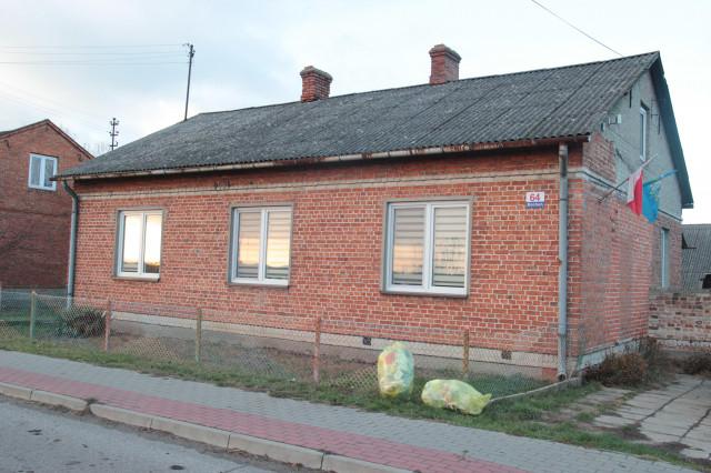 dom wolnostojący, 4 pokoje Bocheń, Bocheń 64