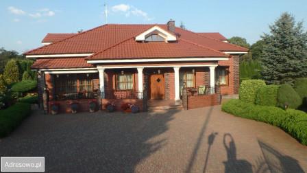 dom wolnostojący, 7 pokoi Konin