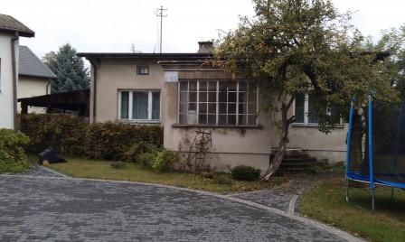 dom wolnostojący, 3 pokoje Laski, ul. 3 Maja