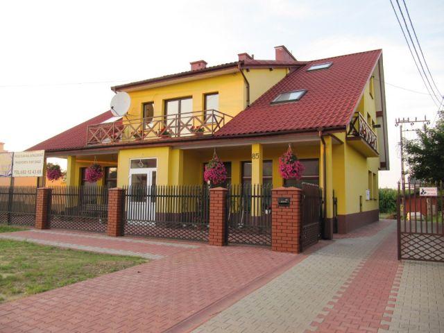dom wolnostojący, 7 pokoi Ćmielów, ul. Sandomierska