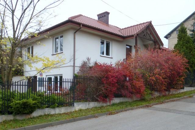 dom wolnostojący, 4 pokoje Starachowice Centrum, ul. dr Włodzimierza Cyrkowicza