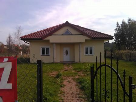 dom wolnostojący, 4 pokoje Łask Kolumna